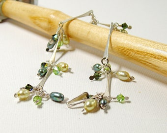 Green Pearl and Crystal Sterling Silver Bar Link Bracelet, Delicate Handmade Silver Jewellery