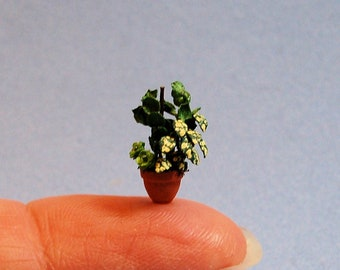1/4 inch scale miniature-Dish Garden