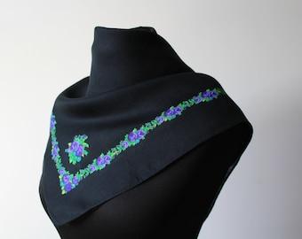Vintage shawl.Wedding shawl.Japan scarf shawl.Head Scarf Shawl.Womens shawl.Floral scarf.Floral shawl.Gift for Woman.Womens scarf.Acryl