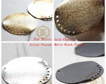 Brass Base / Round / Charm / Multiple Holes (C3758//V110)