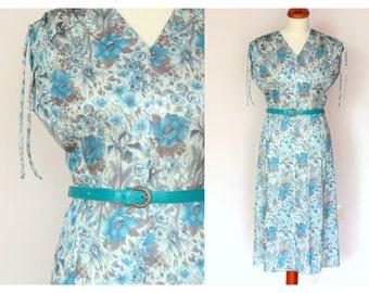 Sale! Vintage 60's / 70's Multicoloured Floral Dress / size M