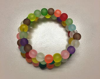 Chunky multi color frosted glass beaded bracelet