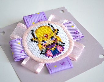 Brooch embroidered cross stitch - Zelda