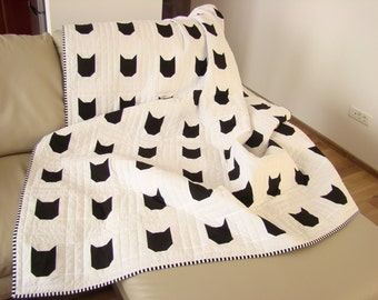 Modern Quilt / Black & White Quilt/ Custom Quilt /Cat Quilt / Twin Quilt / Throw Quilt /Bed Quilt /Kid Quilt/ Child Blanket/ Quilts for Sale