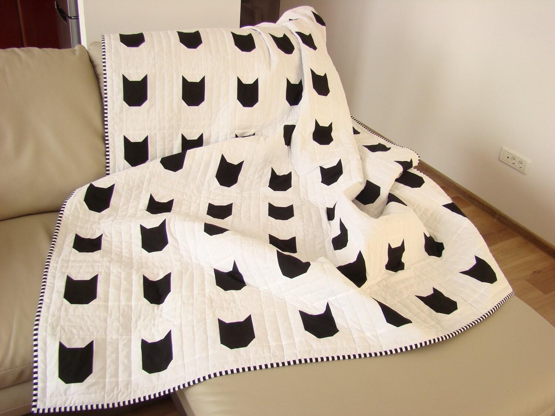 Modern Quilt / Black & White Quilt/ Custom Quilt /Cat Quilt / : modern kids quilts - Adamdwight.com