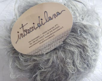 SET OF 5 SKEINS OF MERINO WOOL AND ACRYLIC BLEND GREY