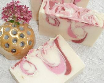 Grapefruit Pomegranate Soap / Refreshing Fruity Sweet Tart / Natural Artisan Soap / Cold Process Handmade Soap