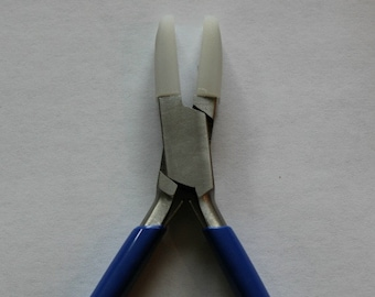 Large Flat Nosed Double Nylon Forming Pliers - Jewelers Wire Bending and Looping Tool - Quality Manufactured - Jewelry Tool - SGBHSC-115