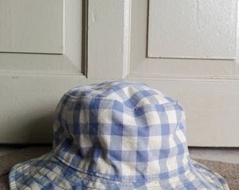 Eddie Bauer Gingham Bucket Hat/used