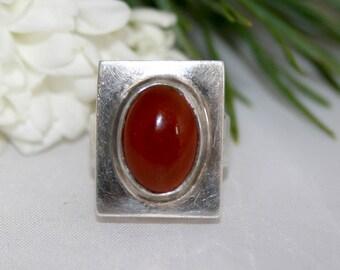 Vintage Mid-Century Modernist Silver Gemstone Statement Ring Carnelian