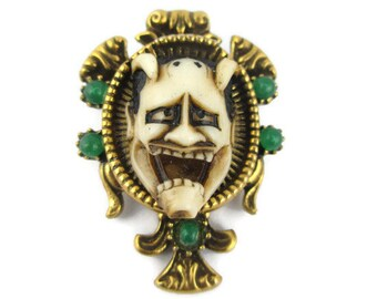 Vintage Florenza Noh Mask Shiro Hannya  24k gold electroplated Faux Jade Pin Brooch   - Japanese Theater 白般若 White Hannya Mask