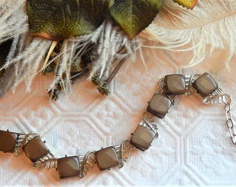 Vintage Moonglow Thermoset Gold Brown Necklace