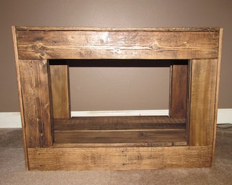 Rustic pallet wood entryway bench, recycled and repurposed