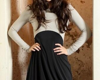 Asymmetrisches Jersey Kleid/ mit Stickerei/ grau/ schwarz/ feminin - Play the game