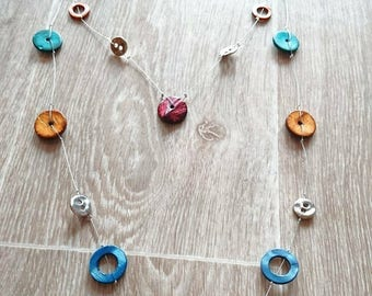 Multicolor necklace with recycled buttons