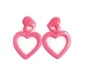Pink Glitter Heart Hoop Earrings, Pink Heart Earrings, Pink Glitter Earrings, Resin Earrings, Lucite Jewelry, Novelty Jewelry, Rockabilly