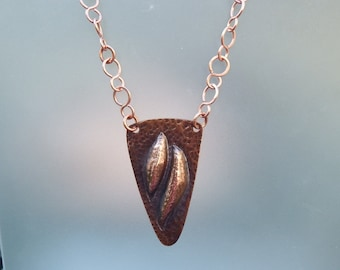 Copper Necklace in Repousse'  /  Hand Made Chain Jewelry /  Rustic Copper Necklace / Repousse' Jewelry