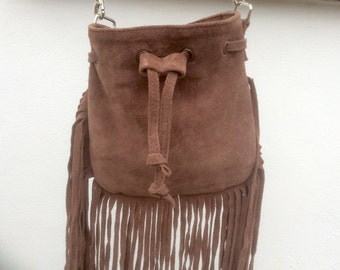 Suede Tassel Bag, Boho Style Bucket Bag, Warm Brown Suede Fringe Handbag, Crossbody Fringe Bag, Boho Purse, Brown Cross Body/Shoulder Bags