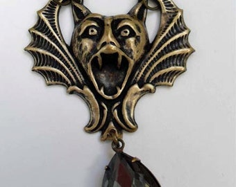 Gothic screaming gargoyle necklace