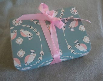 Pink Birds Message Box -- with Message Choices!