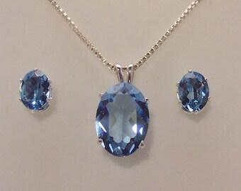 Topaz Blue Swarovski Crystal Pendant Set