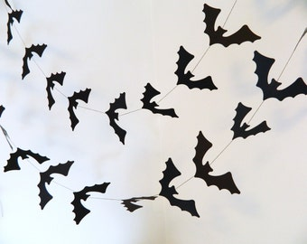 Halloween Decoration / Paper Bat Banner / Black Bats Garland / Halloween Party Decor / Halloween Garland /Halloween Photo Prop
