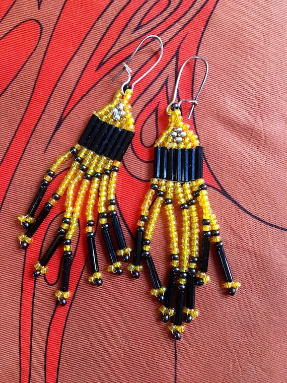 Iridescent Golden Rod Yellow & Black Western Style Seed Beaded Dangle Drop Earrings