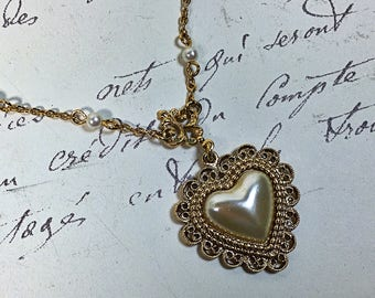 Vintage 1928 heart pearl necklace romantic Victorian dainty chain