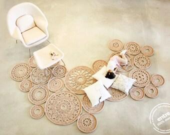gran alfombra de ganchillo hecho a mano MODULAR, colección ENTRE la escala - diseño n 032, nacido en enero de 2014, por las manos de ARTSPAZIOS