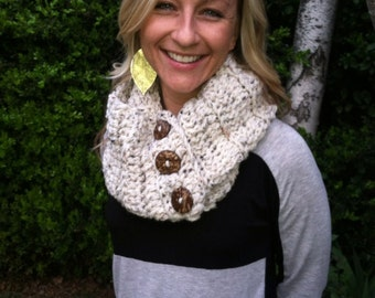Chunky Infinity Scarf with Coconut Buttons