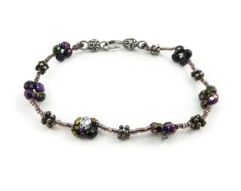 Beaded Bracelet, Iridescent, Faceted Glass, STA19