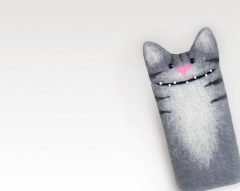 Cat portrait case for Samsung Galaxy S7, Galaxy S7 edge, Galaxy S8, Galaxy S8 Plus, pet portrait,  grey felt Cat case, personalized gifts