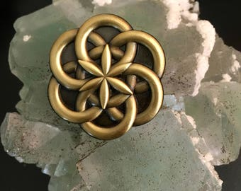 Atomic Seed of Life Pin - 3D Sacred Geometry Hat Pin / Lapel Pin atom pin chemistry hatpin flower of life hatpin enlighten pin