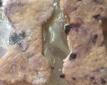 Blueberry, Oatmeal & Yogurt Dog Cookies. ORDER Now in time for the Holidays