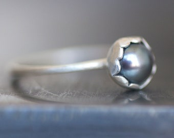 SALE - Pearl Flower Ring - Sterling Silver 6mm Cultured Pearl - Blue / Grey - Ready To Ship (Size 7) - Free US Shipping