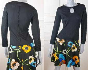 Swedish Vintage Spring Dress, Black Turquoise Peach Yellow 1980s Above-the-Knee Floral Dress w Keyhole Neckline: Size 8 US, Size 12 UK