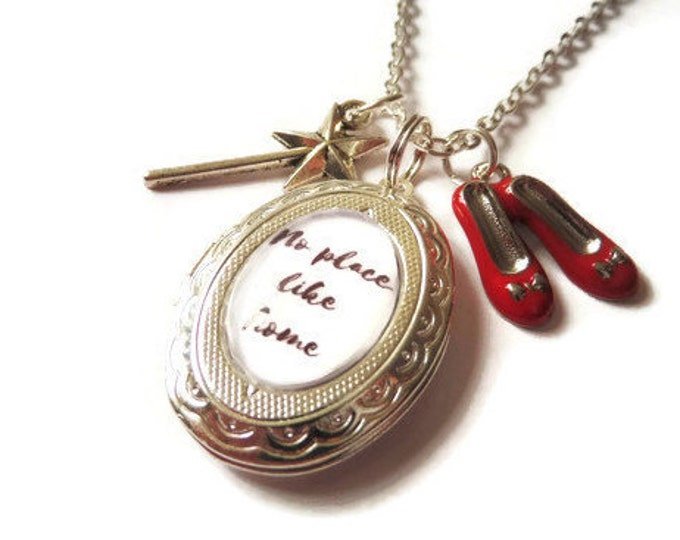 "THE WIZARD of OZ inspired oval glass dome locket ""no place like home"" 24"" necklace fan gift jewellery Uk"