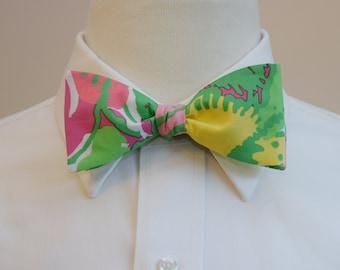 Men's Bow Tie, Big Flirt multi color Lilly print, wedding bow tie, groom bow tie, groomsmen gift, Carolina Cup tie, Kentucky Derby bow tie