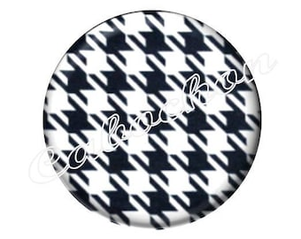 2 black and white houndstooth Plaid foot cabochons 18mm glass, just pretty