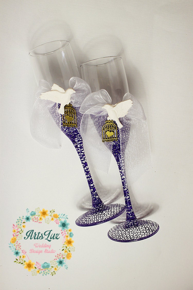 Wedding champagne glasses with white doves-Hand painted