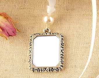 Pearl Wedding Bouquet Photo Frame Charm | Vintage Style Wedding Photo Frame Charm | Memorial Photo Frame Charm | Bridal Photo Frame Charm