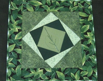 Green leaves plate mat