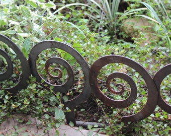 "RUSTED SALE!!!!    5.5"" Alternate Spiral Garden Stake, Steel Garden decor, planter edge, Garden edging"
