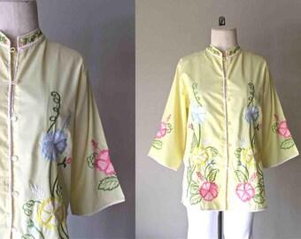 Vintage Hawaiian blouse yellow FLORAL EMBROIDERED mandarin collar tunic - M