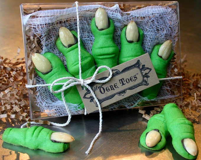 Kids Shrek Party Favors Ogre Toes are Almond Shortbread Cookies for Halloween Party Shrek the Musical performance gift: 1 Five Toe Gift Box