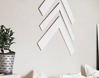 Large Chevron wall decor/Set of 3 Arrows/Pallet wood Arrow Decor/Wall accent/farmhouse style decor/cottage/beach style decor/chevron arrows