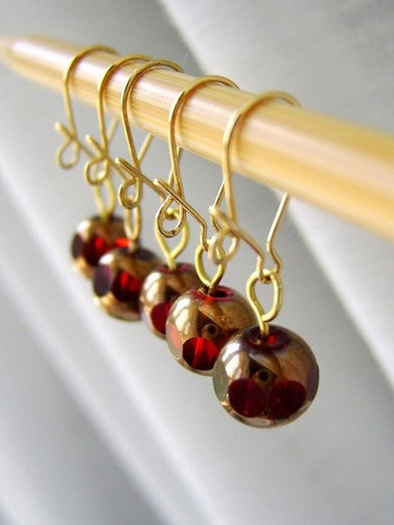 Ruby of The Heart - Twitches For Your Stitches - Five Removable Locking Stitch Markers - 6.0 mm (J) (US 10)  - LAST SET