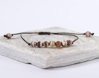 The Agate Bracelet