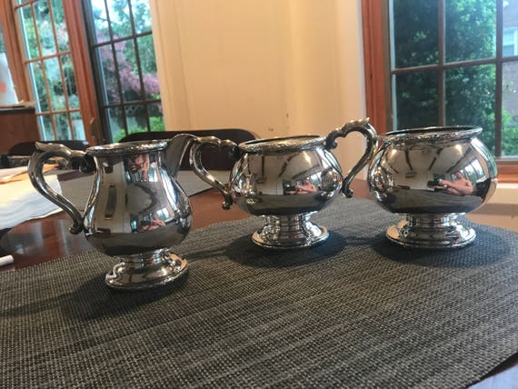 Chinese Export Silver Tea Set from Peking ca 1930 (750 grams)