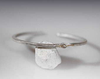 Single Stone Cuff Bracelet - Pure Silver, 24K gold, Labradorite - made of  hand hammered and shaped